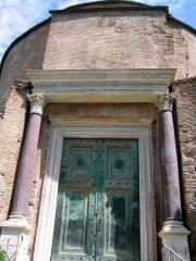 abaque-temple-romulus-rome-jupiter-stator[1].jpg