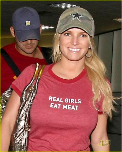jessica-simpson-real-girls-eat-meat-05.jpg